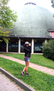 Shirt, Jeans, Jacke, Schmuck: LTB | Sunglasses: Quay Australia | Cap: Hafensänger Fashion | Shoes: Nike