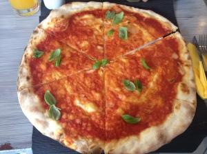 vegane Pizza Käse Margherita Mixto München