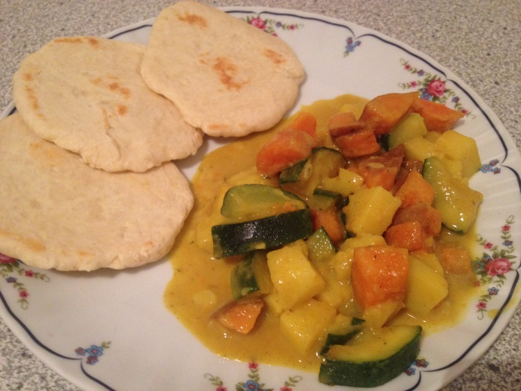 Naan Gemüse-Curry-Pfanne vegan