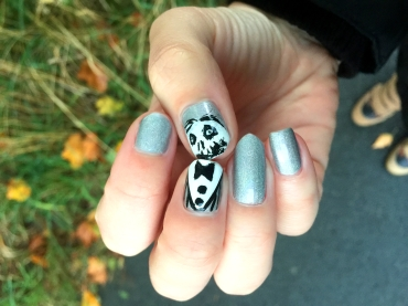 halloween-nails_mister-gentleman