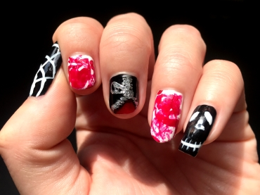 halloween-nails_zipper_spider