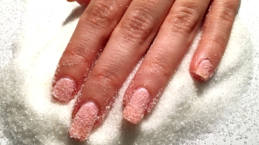 sugar-daddy-nails
