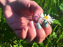 Spring-Flower-Power_Nailart