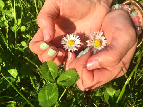 Spring_Flower-Power_Nailart
